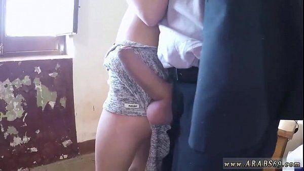 Árabe gostosa fazendo sexo com o chefe