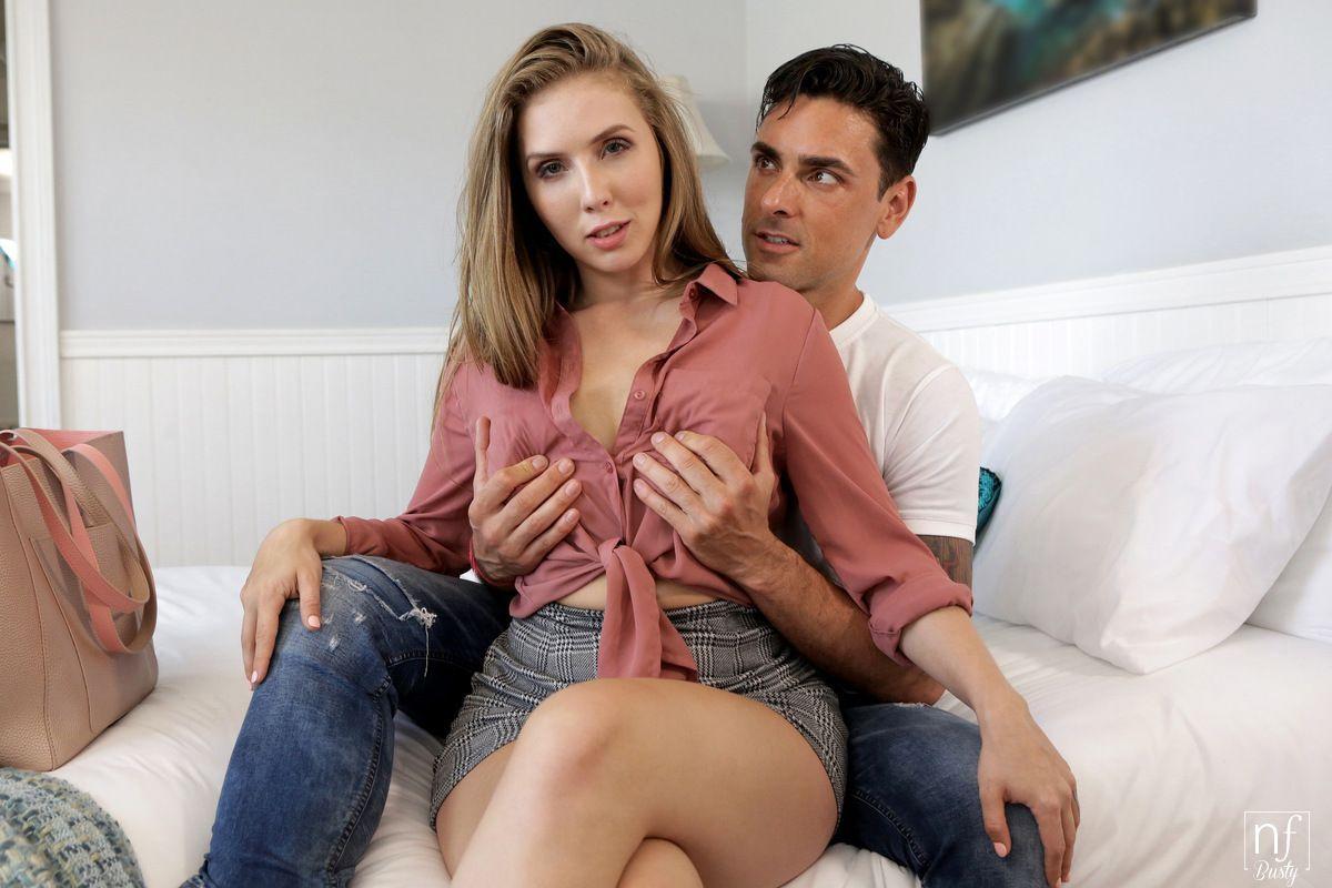 Tetuda em fotos de sexo transando e chupando